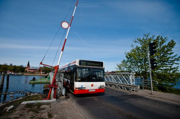 Gdansk. Sobieszewo. Odremontowany most pontonowy. 06.05.2014 fot. Mateusz Ochocki / KFP
